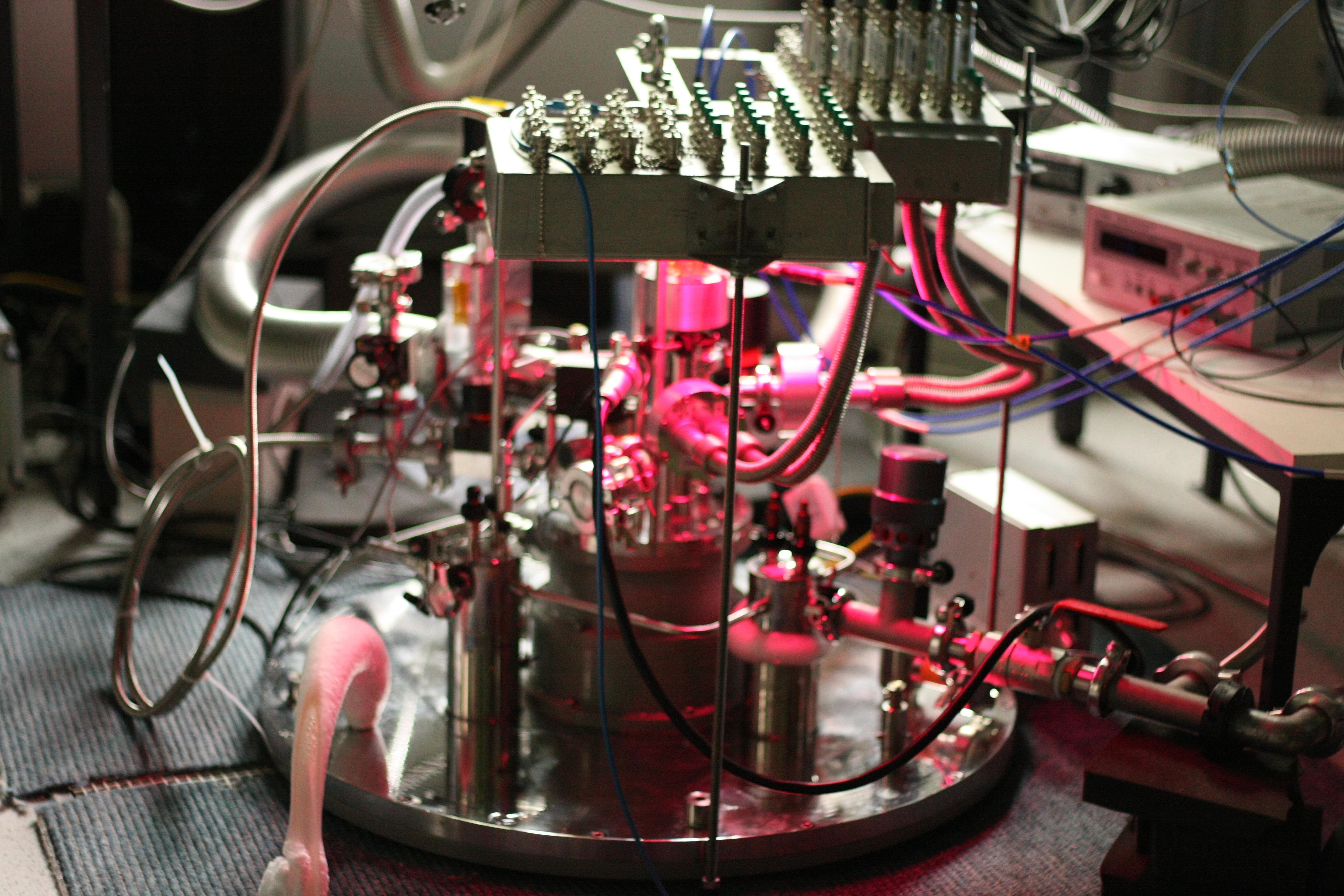 Dilution refrigerator for spin qubits